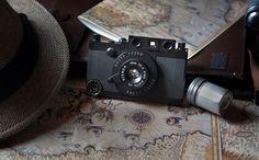 ¿Eso que llevas ahí es una Leica? No, es la funda retro de iPhone más chula de todos los tiempos