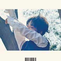 """""""Here I Am"""" is the mini album recorded by South Korean singer Yesung. It was released on April 2016 by Label SJ. Track List Here I Am (문 열어봐) Spring In Kim Heechul, Siwon, Leeteuk, Yesung Super Junior, Asia, Thing 1, Last Man Standing, Music Covers, Korean Music"""