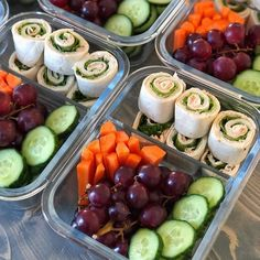 Do not over complicate your prep... We have found it just leaves room for the excuse that you dont have enough time. @new.fit.beginning gets this prep done in 15 minutes with only 6 ingredients! #noexcuses - See our TOOL and GUIDES for every goal you have! [in profile link ] - Share your images by tagging us or using #MealPlanMagic - #mealplan #mealprep #whole30 #mealprepping #preplife #cleaneating #mealplans #cleaneats #transformation #mealprepsunday #mealprepmonday #eatclean… Summer Shredding, Healthy Foods, Healthy Recipes, Macros Diet, Healthy Weight Gain, Sunday Meal Prep, Make Ahead Meals, Diet Plans, Whole30