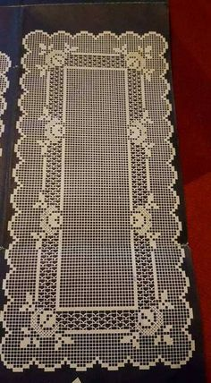 Lapghans Crochet - Basic Embroidery Stitches Embroidery stitch for beginners Crochet Table Runner, Crochet Tablecloth, Diy Crafts Crochet, Crochet Home, Filet Crochet Charts, Crochet Motif, Thread Crochet, Crochet Stitches, Doily Patterns