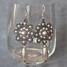 beaded earrings class @ chicago jewelry school