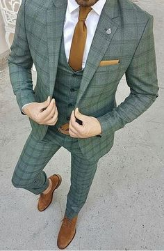 Long Island Custom Suits Long Island Custom Shirts Long Island Wedding Suits is part of Custom suit - Dress Suits For Men, Suit And Tie, Blazer Outfits Men, Casual Outfits, Mode Costume, Designer Suits For Men, Plaid Suit, Herren Outfit, Mode Masculine