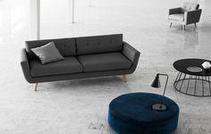 Conrad lænestol, Vera sofa, No.4 puf og Storm sofabord <3 Sofakompagniet | Dansk design - direkte til dig | http://dk.sofacompany.com/