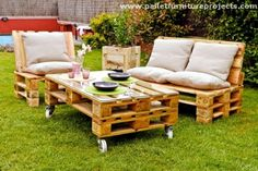 recycled wood pallet lounge chair