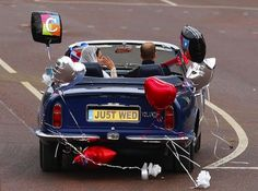 Adorable! William and Kate in Aston Martin convertible