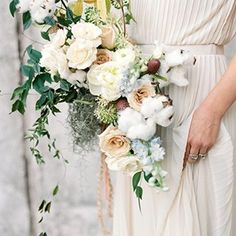 Six season-inspired bridal bouquets to complement a winter celebration.