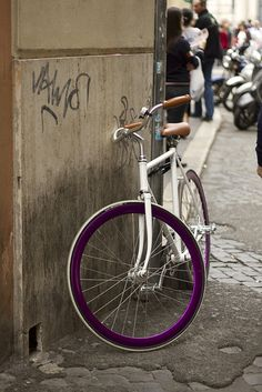 Fixie, Rome, Italy  in LOVE with this bike
