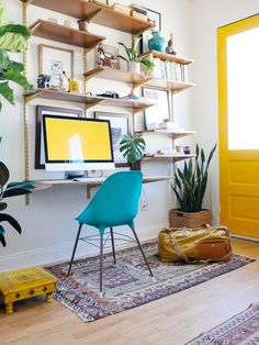 small apartment office space   PROPER ASSEMBLY   OLD BRAND NEW