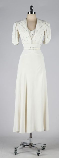 vintage 1930s dress . ivory wedding gown . by millstreetvintage
