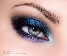 Fun eye makeup look with blues and purple