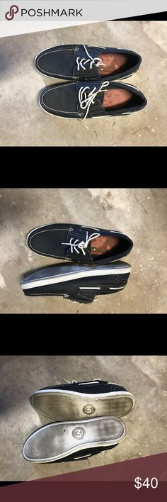 Navy blue boat shoes no soles Navy blue boat shoes no soles, great used condition Shoes Boat Shoes