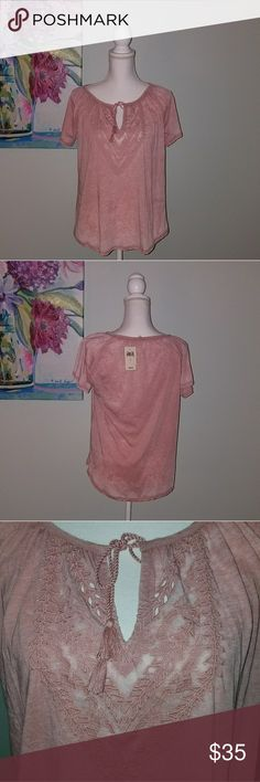 Lucky Brand Blush Aztec top NWT Size Small Lucky Brand Blush Aztec top NWT Size Small 7564563315 Lucky Brand Tops Tees - Long Sleeve