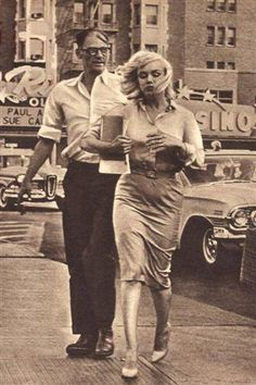 """Marilyn Monroe and Arthur Miller in Reno, Nevada, during the filming of """"The Misfits"""", 1960."""