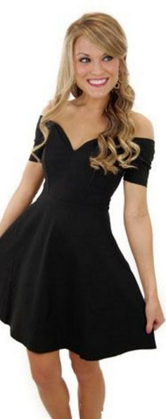 Cheap Prom Dresses Under 100 Chiffon Homecoming Dress V Neck Off Shoulder Short Sleeves Black Party Gowns Bridesmaid Dress