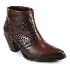 Ankle Boot Vazado Café Cód. de Referência SLT682