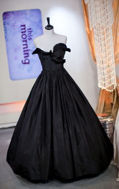 Diana's First Gown – The Emanuel Black Strapless on display at Kensington Palace 1981