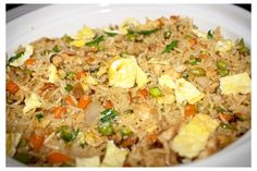 Chicken fried rice is an excellent Chinese comfort food which can be served either as a main dish or side dish.