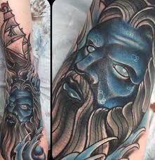 What does poseidon tattoo mean? We have poseidon tattoo ideas, designs, symbolism and we explain the meaning behind the tattoo. Bow Tattoo Designs, Tattoo Sleeve Designs, Sleeve Tattoos, Poseidon Tattoo, Poseidon Trident, God Tattoos, Tattoos For Guys, Tattoos For Women, Tatoos