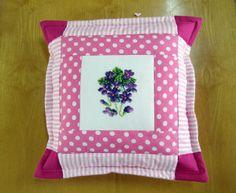 Pink, patchwork pillow / Różowa patchworkowa poduszka