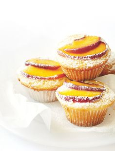 Some in season baking with fruity delicious peaches!