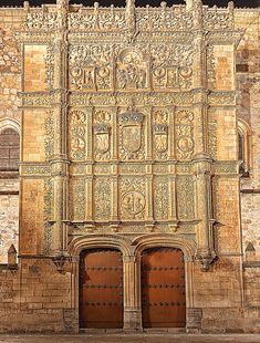 Salamanca's University by Ricardo Bevilaqua Spanish Architecture, Historical Architecture, Beautiful Places To Visit, Wonderful Places, Places Around The World, Around The Worlds, Saint Marin, Voyage Europe, Spain