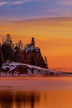 ✯ Split Rock Lighthouse Sunrise - Lake Superior, Silver Bay, Minnesota