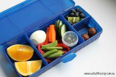 Egg and salad lunch box Salad Lunch Box, Lunch Boxes, Real Food Recipes, Healthy Recipes, Healthy Habits, Free Recipes, Boat Food, Convenience Food, Kid Friendly Meals