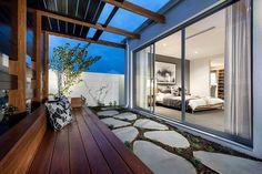 Larsson Residence by Webb