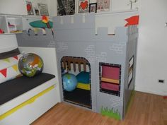 Latest Pics wonderful screen 20 ways to customize the IKEA KURA loft bed and make it your . Tips An Ikea children's space remains to intrigue the children, as they are offered a lot more than ki Kura Bed, Castle Bed, Ikea Kids, Ikea Children, Château Fort, Ikea Hackers, Little Girl Rooms, Simple Colors, How To Make Bed