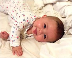 trendy Ideas baby fever pictures so cute Cute Little Baby, Baby Kind, Cute Baby Girl, Little Babies, Baby Love, Cute Baby Videos, Cute Baby Pictures, Couple Pictures, Beautiful Children