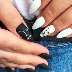 What Christmas manicure to choose for a festive mood - My Nails Edgy Nails, Grunge Nails, Stylish Nails, Trendy Nails, Swag Nails, Subtle Nail Art, Acylic Nails, Nagellack Design, Fire Nails