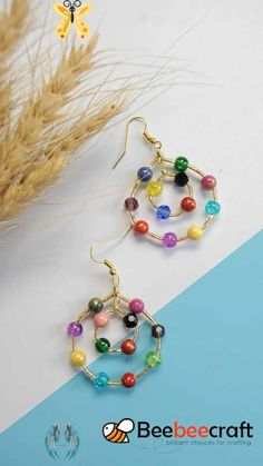 Lampwork crackle Glass Beads #Beebeecraft Tutorials on how to make #earrings with colorful #gemstonebeads and #glassbeads.<br> Ear Jewelry, Bead Jewellery, Jewelry Crafts, Jewellery Making, Jewelry Accessories, Motifs Perler, Beaded Jewelry Patterns, Earring Tutorial, Homemade Jewelry