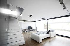 Black on White / Parasite Studio
