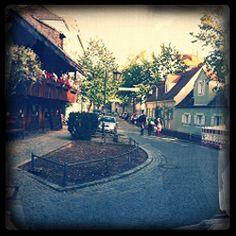 Preysinggarten Restaurant München - my favorite place to go with kids because they have the best playground !!