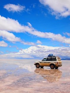 Salar de Uyuni, Bolivia /looks almost heaven. 行ってみたい場所 ☺︎
