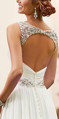 Open-Back-Dazzling-Dress.jpg 272 × 546 bildepunkter