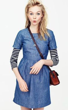 madewell: chambray dress layered over a black and white striped long sleeve t-shirt Looks Street Style, Looks Style, Style Me, Look Jean, Fashion Pattern, Estilo Denim, Chambray Dress, Long Denim Dress, Dress Shirt