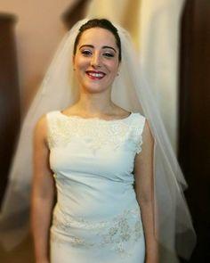 Questa è Valentina a Roma! Indossa splendidamente un mio Velo color Champagne intenso perfettamente in tinta con l'abito. Una sposa raggiante!  #velo #matrimonio #sposa #hat #instalike #instafun #instalife #madeinitaly #livorno #tuscany #toscana #madeinitaly #moda #artigianato #modisteria  #accessorio #l4l #wedding #bride #liker #like4like #likeforlike #tuscanypeople #perlestradedellatoscana