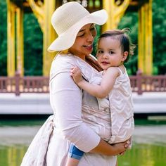 Toddler size: Fidella Fly Tai - Mei Tai - baby carrier - Zen -cappuccino- weave -ribbed-  https://fidella.org/en/toddler-size-fly-tai-baby-carrier-limited-edition-zen-cappuccino