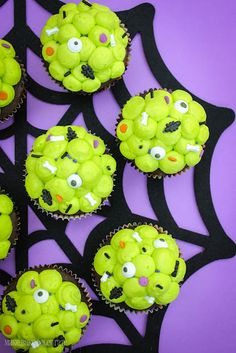 Ewwy Gooey Slime Filled Cupcakes - with step-by-step instructions