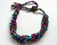 Ladder Yarn Necklace Pink & Aqua Ribbon por 9ElizabethStreet