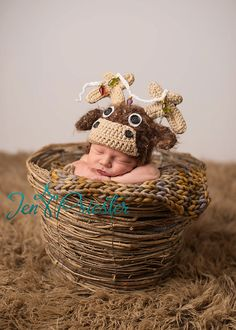 newborn moose hat... baby moose hat.... photography Prop...photo prop... holiday hat... christmas hat Pinned for Kidfolio, the parenting app that makes sharing a snap. Download it free from your app store today. kidfol.io