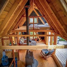 Off the grid can still be totally baller. ↟ cabin by RavenHouse Media. Tyni House, Tiny House Cabin, Tiny House Living, Tiny House Design, Cabin Homes, Small Cabin Designs, A Frame Cabin, A Frame House, Ravens Home