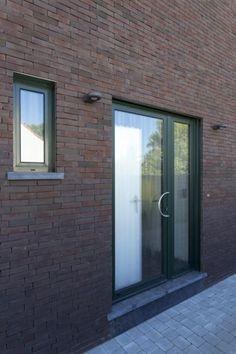 Aluminium  voordeur ramen  Sapa Duffel Ral 9001