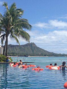 Infinity pool with view of Diamond Head at Sheraton Waikiki