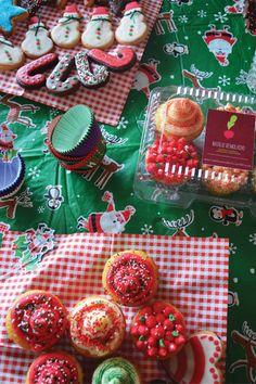 La navidad de Natalio Remolacho :) Sugar, Cookies, Desserts, Recipes, Food, Cooking Recipes, Dishes, Sweets, Deserts