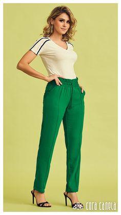 Cute Shirt Designs, Office Outfits Women, T Shorts, Girls Pants, Office Wear, Mom Style, Cute Shirts, Queen, Women Wear