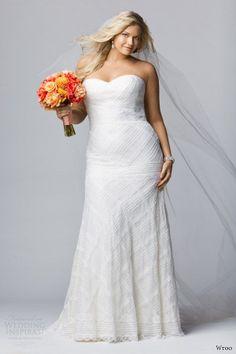 Simple but beautiful wedding dress and veil.