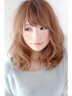 【2013春ヘアスタイル】セミロング・ミディアムヘアカタログ - NAVER まとめ