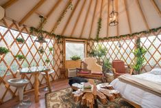 This is Dan and Deborah's incredible yurt treehouse in Geneva, Florida which is northeast of Orlando on their five-acre property called Danville. The yurt Yurt Interior, Interior Design, Interior Architecture, Cabana, Treehouse Cottages, Yurt Tent, Glamping Tents, Yurt Home, Yurt Living